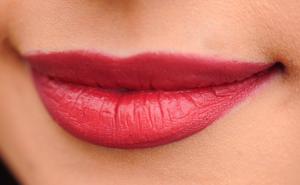 How to Make Shape of Lips