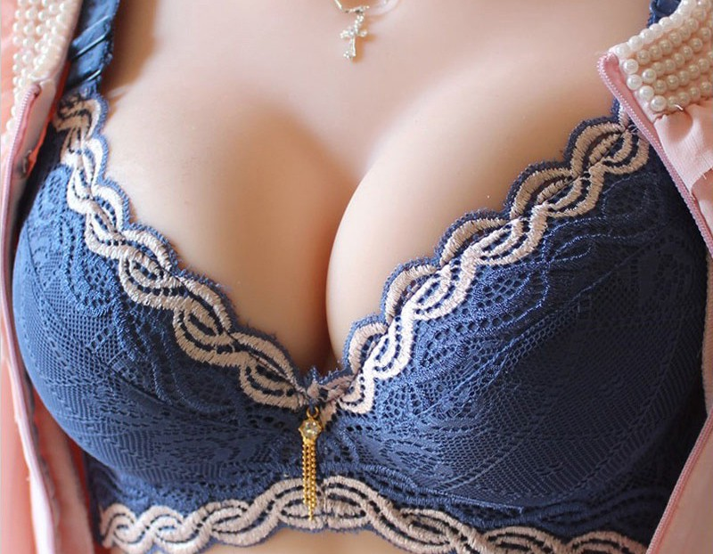 7 Easy Ways to Make Your Breasts Look Amazing